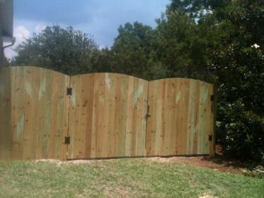 7 FT HIGH WOOD PRIVACY