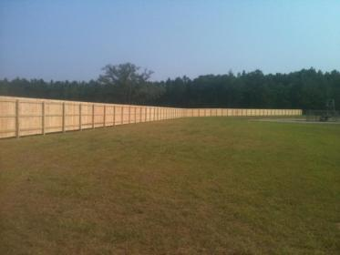 Standard 6 ft wood privacy fence